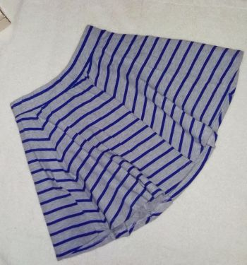 Falda gris con rayas azules Sexy Jeans