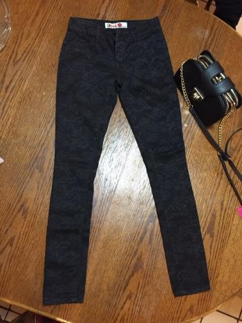 1st kiss skyni jeans