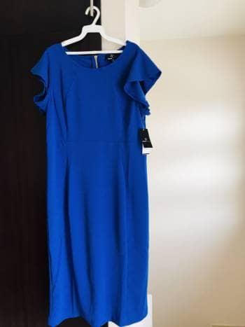 Precioso vestido azul rey