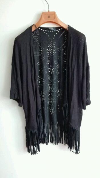 Kimono mangas de tela calado
