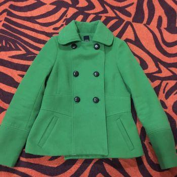 Abrigo de lana verde