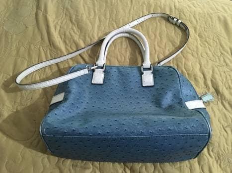 3097af33 Bolsa Guess azul - GoTrendier - 817780