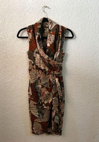 Vestido vintage con estampado ecléctico
