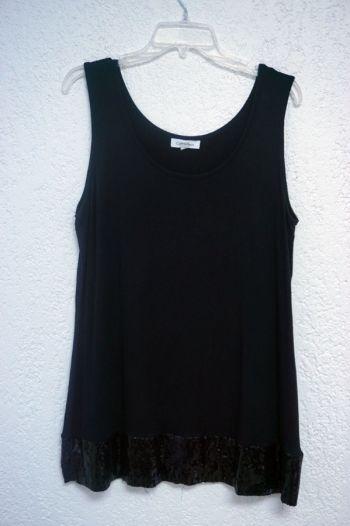 Blusa negra con lentejuelas