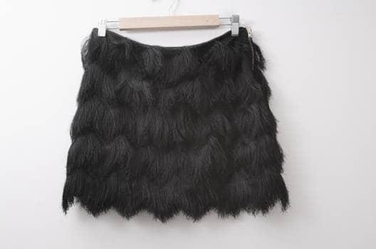 Falda de flecos negra