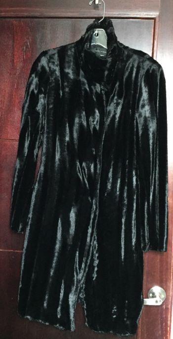 Abrigo peluche largo negro