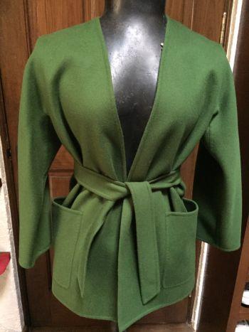 Abrigo verde de lana y angora