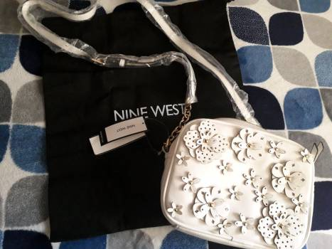 Crossbody Nine West 3D