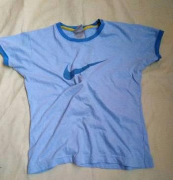 Playera Nike azul