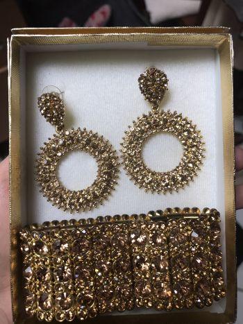Accesorios dorados