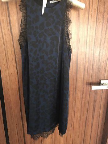 Vestido fiesta detalle en encaje