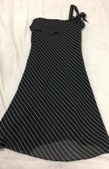 Vestido fiesta talla 7 negro rayas blancas