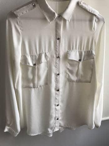 Camisa semi transparente. 2x1