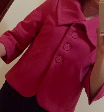 Abrigo rosa corto