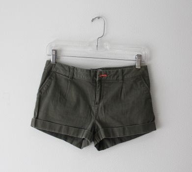 Shorts color verde