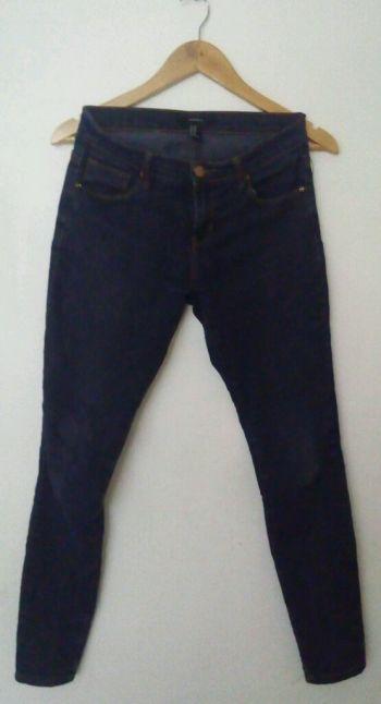 2 pack skinny jeans deslavados Forever 21