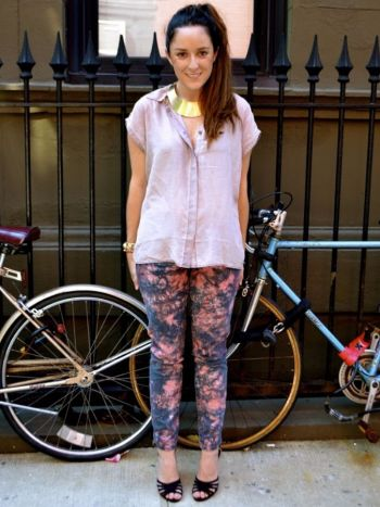 Jeans azul con rosa