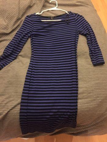 APARTADO Vestido rallado nuevo 2x1