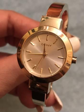 Reloj tipo pulsera