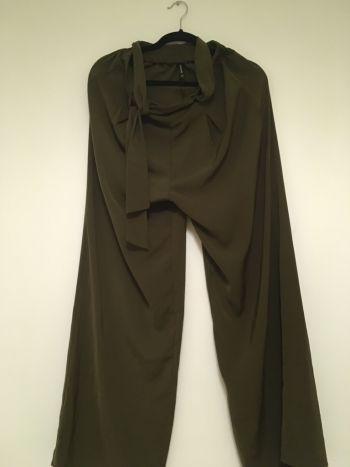 2x1 pantalones de vestir stradivarius / c&a