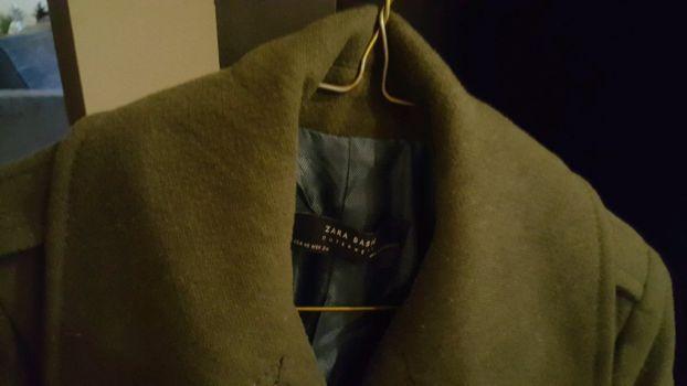 Abrigo Verde Militar Zara  talla 24