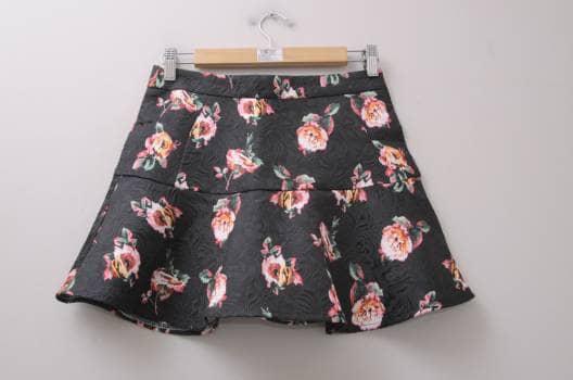 Minifalda de flores
