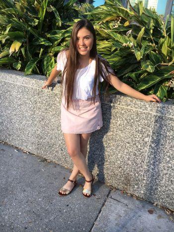 Falda rosa pastel