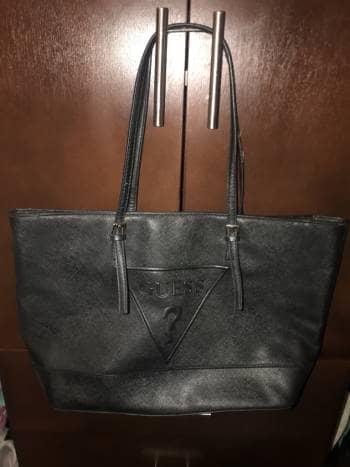 dccbf935 Bolsa tote guess piel, cartera negra y llavero - GoTrendier - 785593