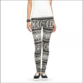Legging Mossimo talla XL estampado Tribal