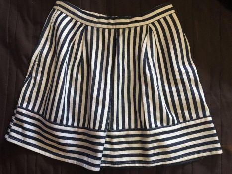 Falda corte A de rallas