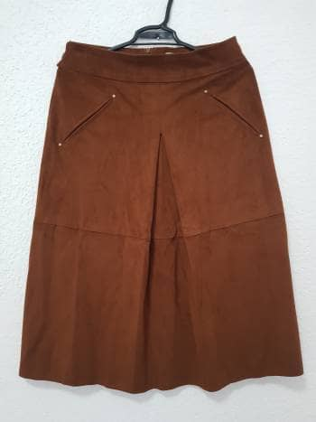 Falda de gamuza
