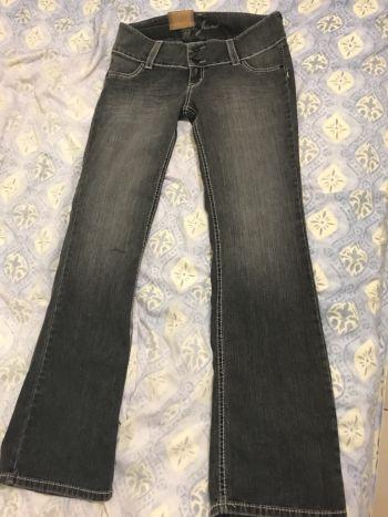 NUEVO pantalón gris a la cadera talla 11