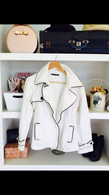 Abrigo blanco grueso