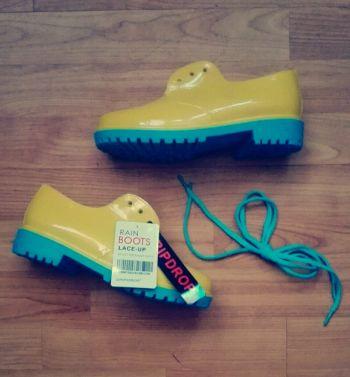 Zapatos goma de lluvia