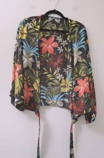 Kimono con flores