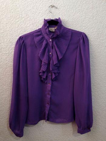 Blusa vintage con holanes