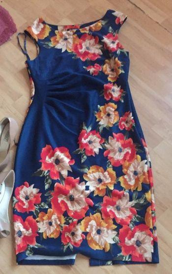 Vestido floral de coctel