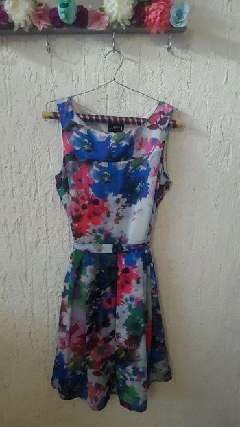 Vestido floral multicolor