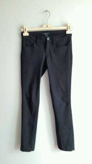 Pantalon negro tela elástica