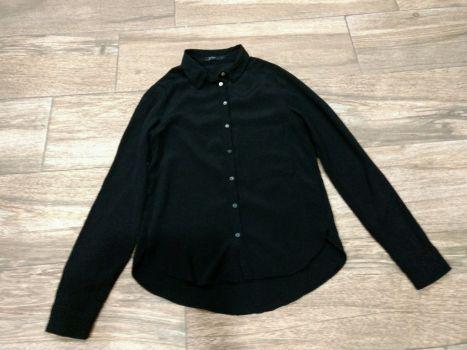 Blusa Bershka negra