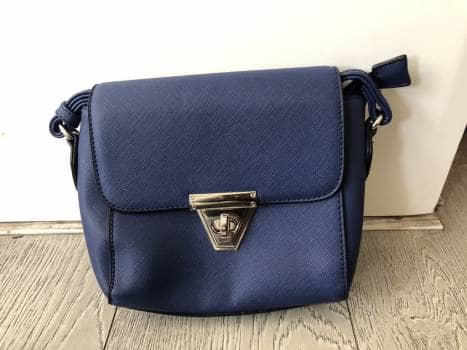 Bolsa pequeña azul