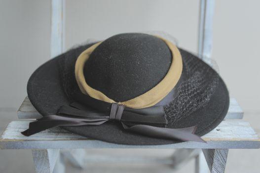 Sombrero con velo