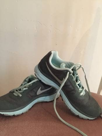 Tenis Nike Vomero 8