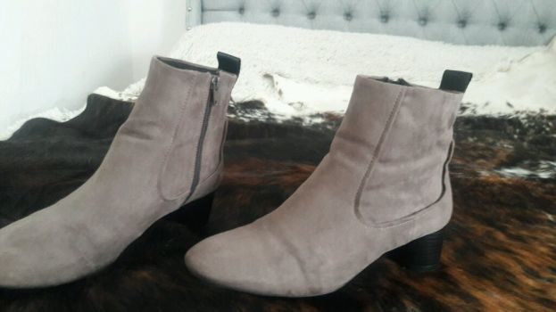 Botines zara color gris