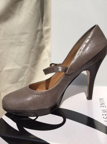 Zapatillas Nine West de piel gris
