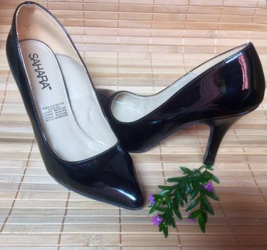 Zapatillas charol negras