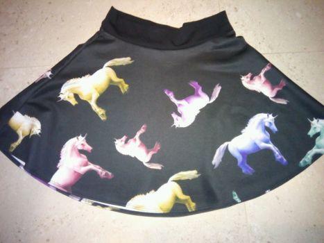 Falda de unicornios