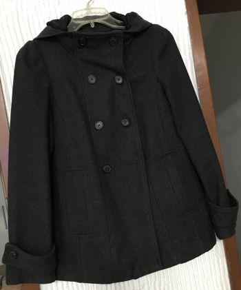 Abrigo con capucha ZARA