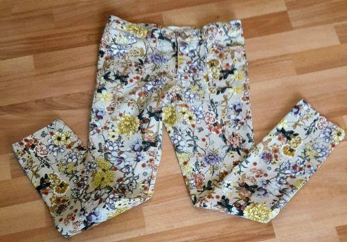 Pantalon Pantalón Zara flores