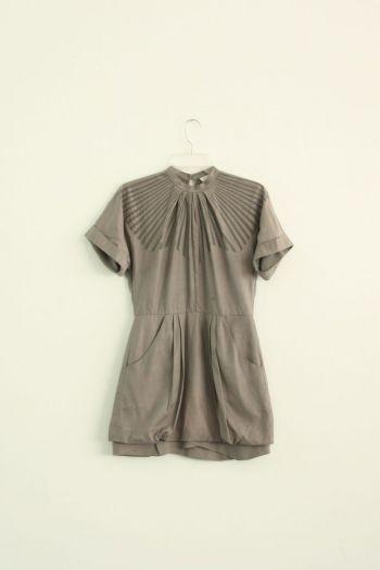 Vestido color gris